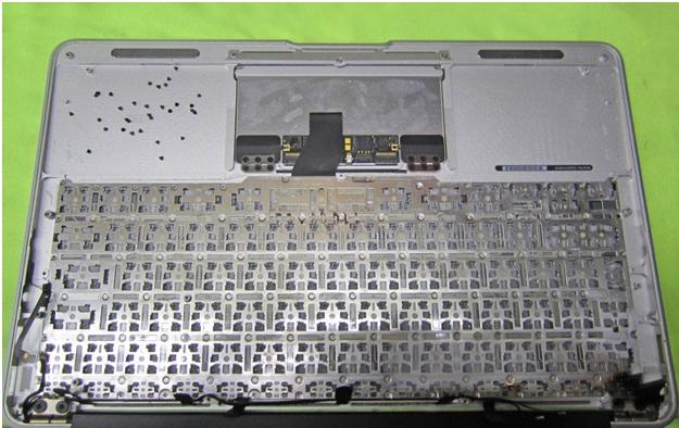 Замена клавиатуры в MacBook Air ----- Мой-Сервис